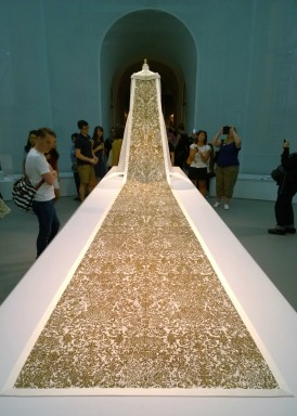 Manus x Machina: Fashion in an Age of Technology / Exhibit at THE MET / Fashion FAFA Solutions